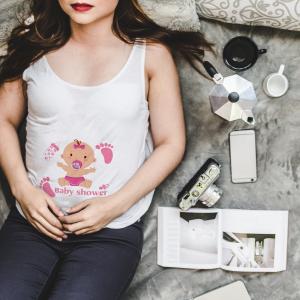 tee shirt baby shower cigogne rose